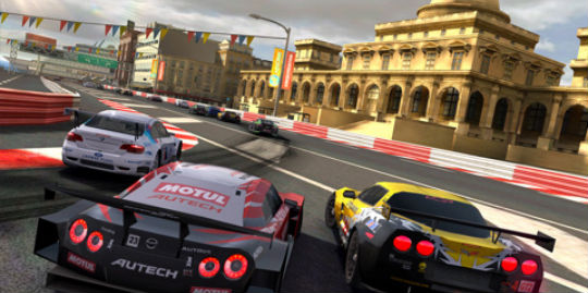 Real Racing 2 HD, Dead Space, Infinity Blade receive updates just in time for iPad 2 launch