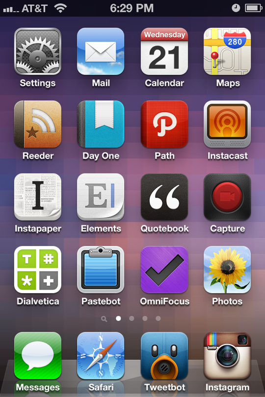 How to arrange your iPhone home screen to get things done