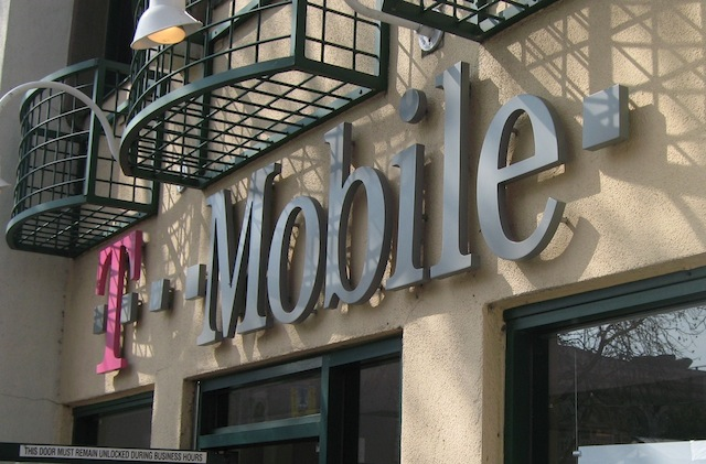 Is The iPhone 5 Coming To T Mobile After All? One Analyst Says It Could Arrive Next Week
