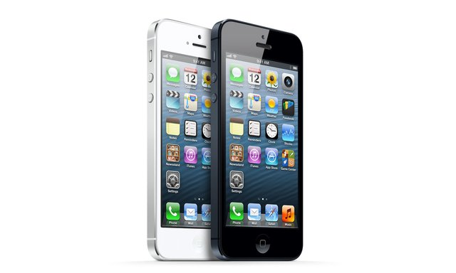 iPhone 5 Instant Success In India, Sells Out Within 24 Hours