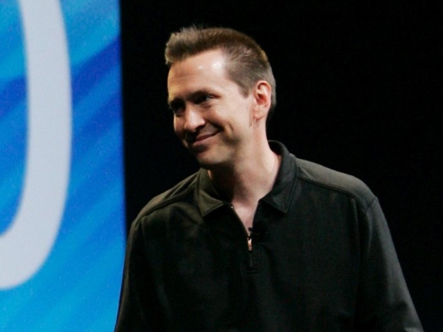 Tim Cook Chose To Get Rid Of Scott Forstall Over Jony Ive