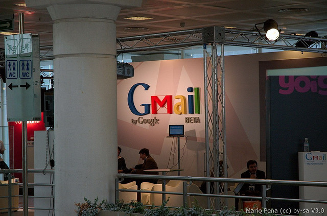 Google Extends Free Gmail Calling Through 2013