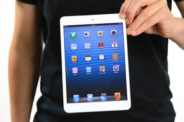 Tim Cook Says Cellular iPad Mini Will Arrive In China Soon