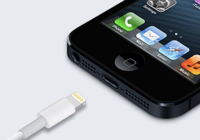 Third Party Lightning Accessories Finally Hit Apple Stores