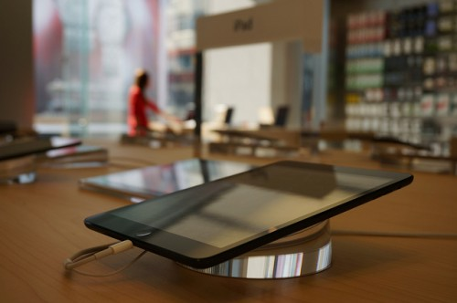 Second-Generation iPad mini Display In Production