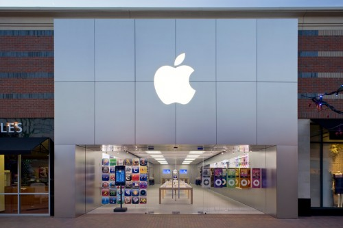 Watch An Apple Store Get Built From Ground Up In This Company Video