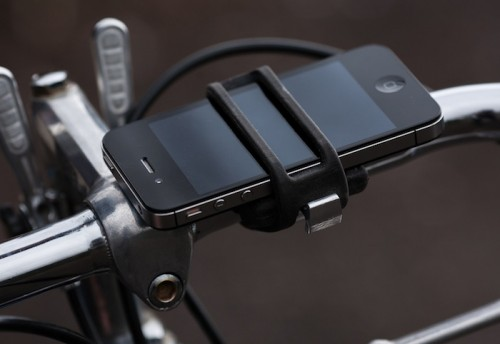 The Handleband Keeps Your iPhone Secured Whilst Cycling